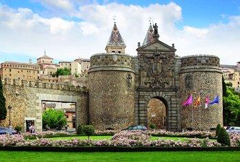 ,Excursión a Toledo,Excursion to Toledo,Excursión a El Escorial,Excursion to El Escorial,Excursión a Valle de los Caídos