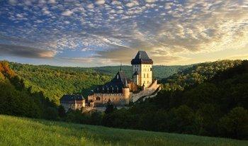 ,Tour por Praga,Visitar el Castillo de Karlstejn