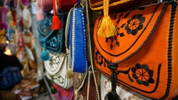 ,Visita a la Medina,De compras por la Medina