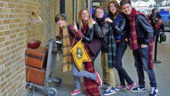 ,Estudios Warner – Harry Potter,Warner Studios – Harry Potter,A pie