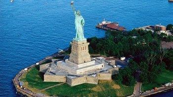 ,Estatua de la Libertad y crucero a Ellis Island,Statue of Liberty and Ellis Island Cruises,Con tour en autobús turístico