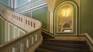 Castles & Palaces Pictures: View Images of Russia