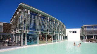 Blue Lagoon showing a hot spring, a luxury hotel or resort and modern architecture