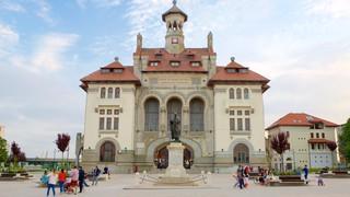 Ovid Square