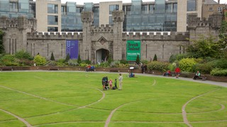 Dublin Castle which includes a park, heritage architecture and chateau or palace