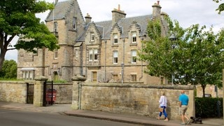 University of St. Andrews showing street scenes, a house and heritage elements