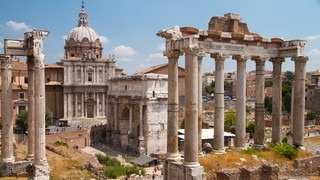 Roman Forum showing heritage architecture, a temple or place of worship and a monument
