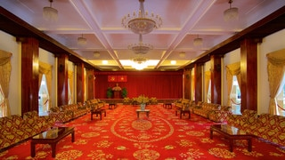 Reunification Palace showing interior views and a castle