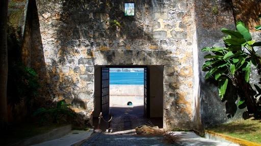 Tor von San Juan