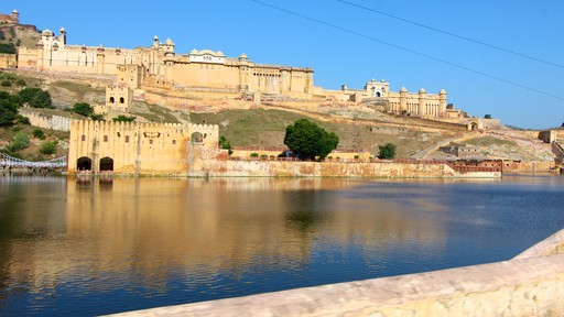 Amber Fort showing a lake or waterhole and chateau or palace