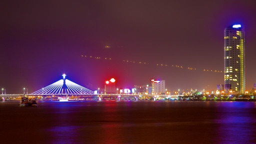 Han River Bridge showing a city, night scenes and nightlife