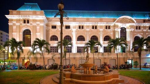 Opera House showing markets