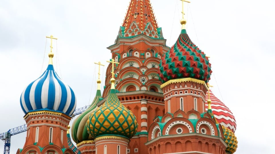 St. Basil\'s Cathedral which includes heritage architecture