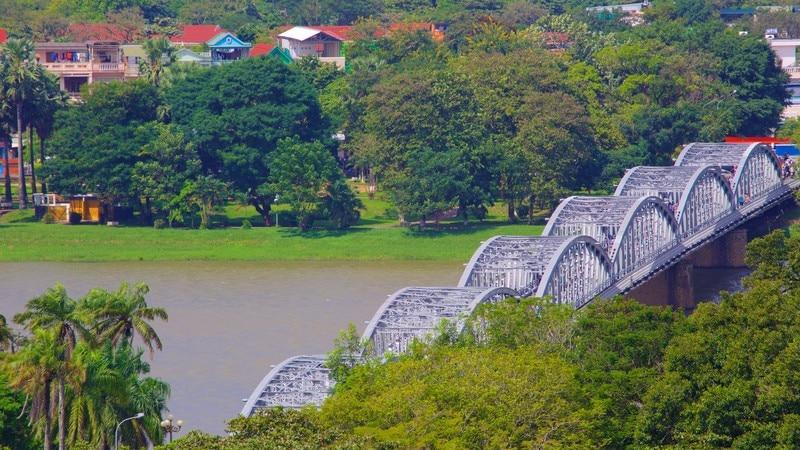 Truongtien Bridge