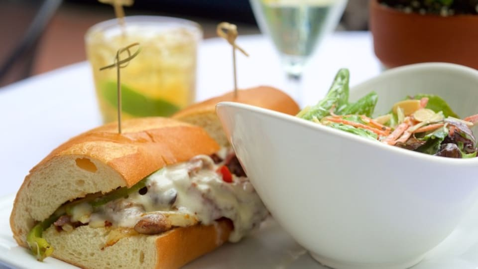 Annapolis featuring drinks or beverages, dining out and food