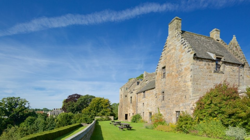 Aberdour Castle featuring a house
