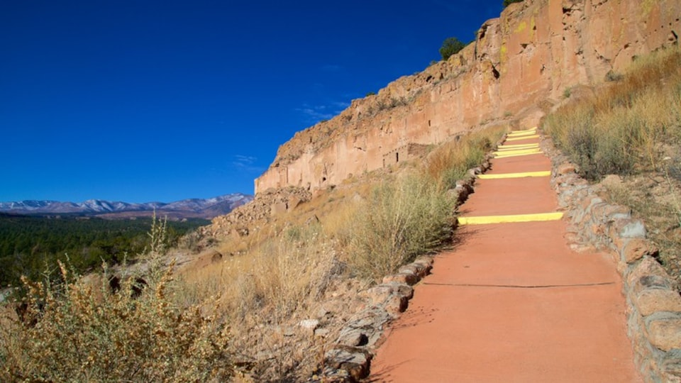 Puye Cliff Dwellings showing tranquil scenes