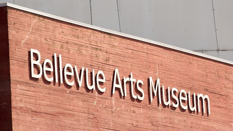 Bellevue Arts Museum featuring signage