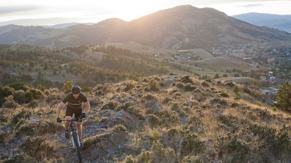 Helena showing mountains, landscape views and mountain biking