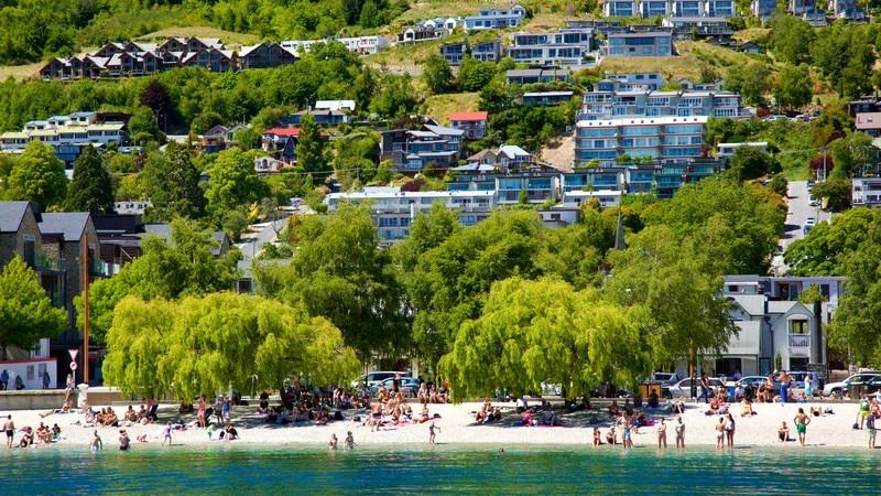 Queenstown Beach