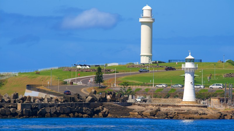 lighthouse pictures view images of north wollongong beach. Black Bedroom Furniture Sets. Home Design Ideas