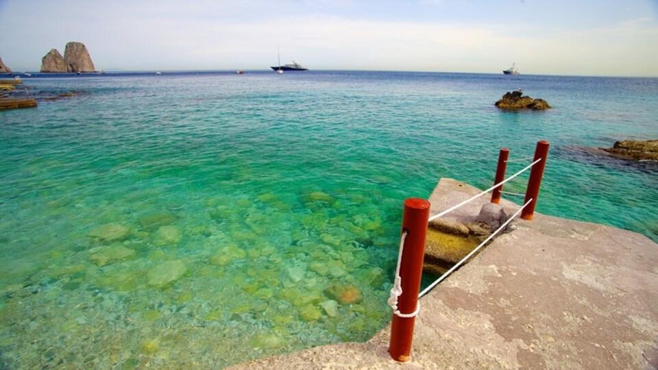 Marina Piccola featuring general coastal views