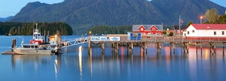 Tofino which includes a lake or waterhole and tranquil scenes