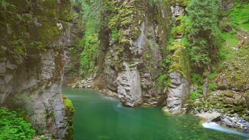 Othello Tunnels which includes a gorge or canyon and a river or creek