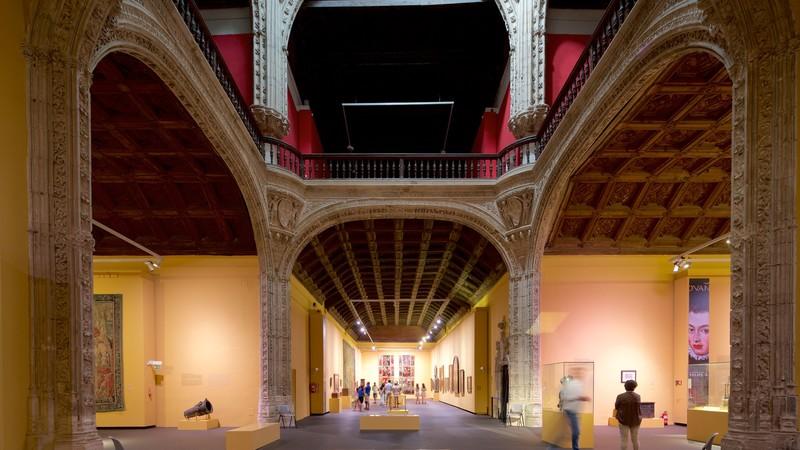 Musée Santa Cruz