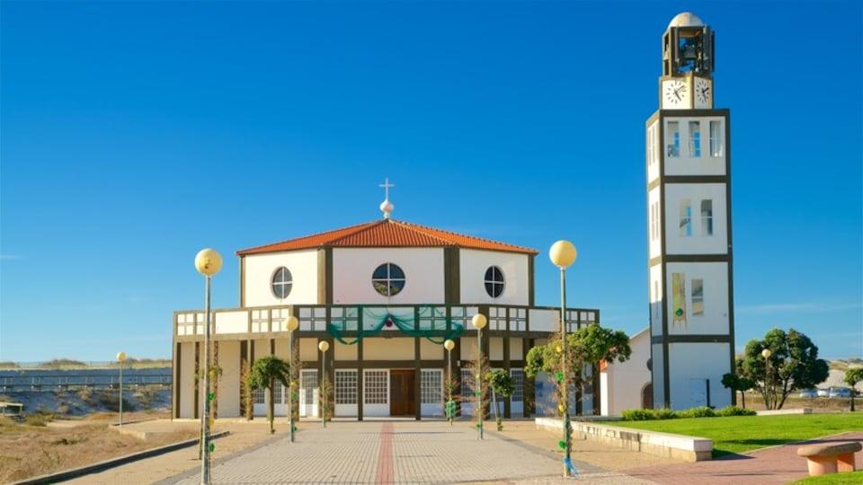 Costa Nova Beach which includes a church or cathedral