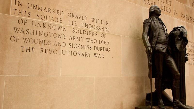 Tomb of the Unknown Soldier of the American Revolution (la tombe du soldat inconnu de la Révolution américaine)