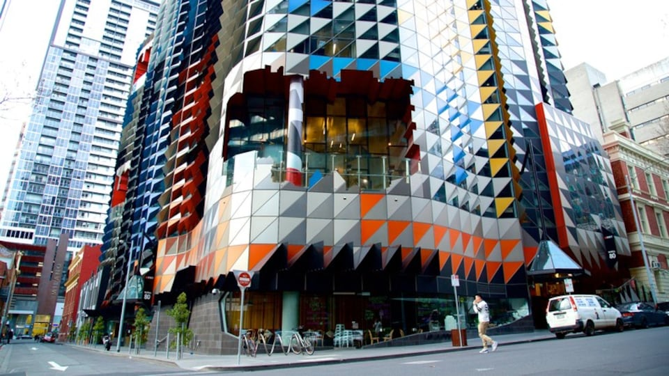 Melbourne featuring a city and modern architecture