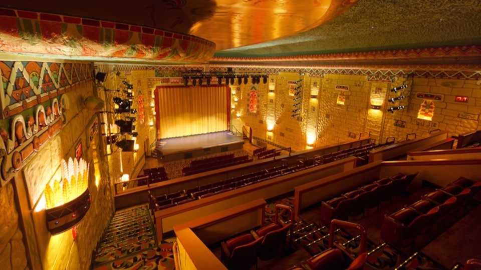 Bay City featuring heritage elements, interior views and theater scenes