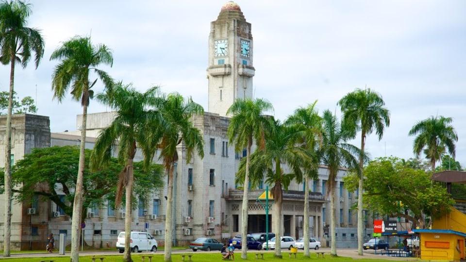 Suva which includes tropical scenes and street scenes