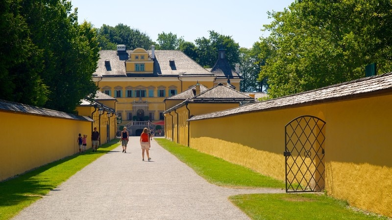 Hellbrunn Palace showing street scenes, heritage architecture and chateau or palace