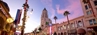 Los Angeles showing street scenes and a sunset