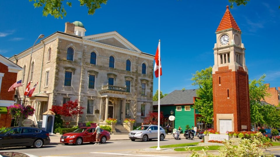 Niagara-on-the-Lake featuring heritage architecture, street scenes and an administrative buidling
