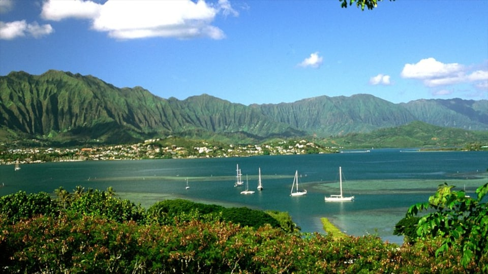 Kaneohe featuring landscape views, mountains and sailing