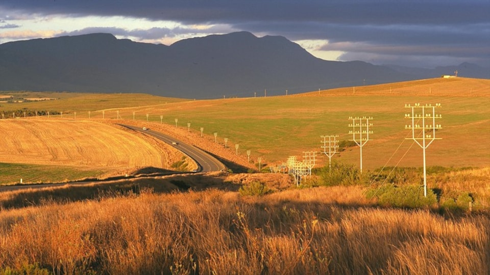 Swellendam featuring mountains, landscape views and tranquil scenes