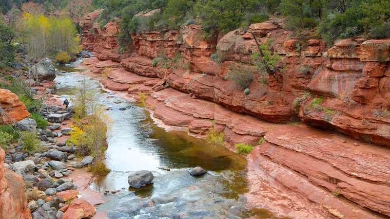 Slide Rock State Park showing a gorge or canyon, landscape views and rapids