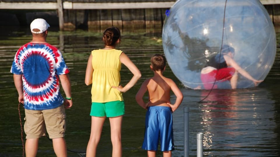 Seneca Lake which includes watersports and a lake or waterhole as well as a family