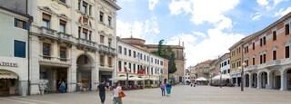Piazza Ferretto which includes street scenes and a square or plaza