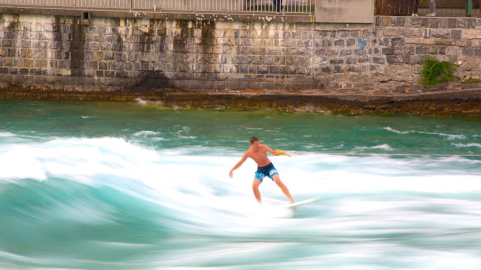 Thun showing water skiing and surf as well as an individual male