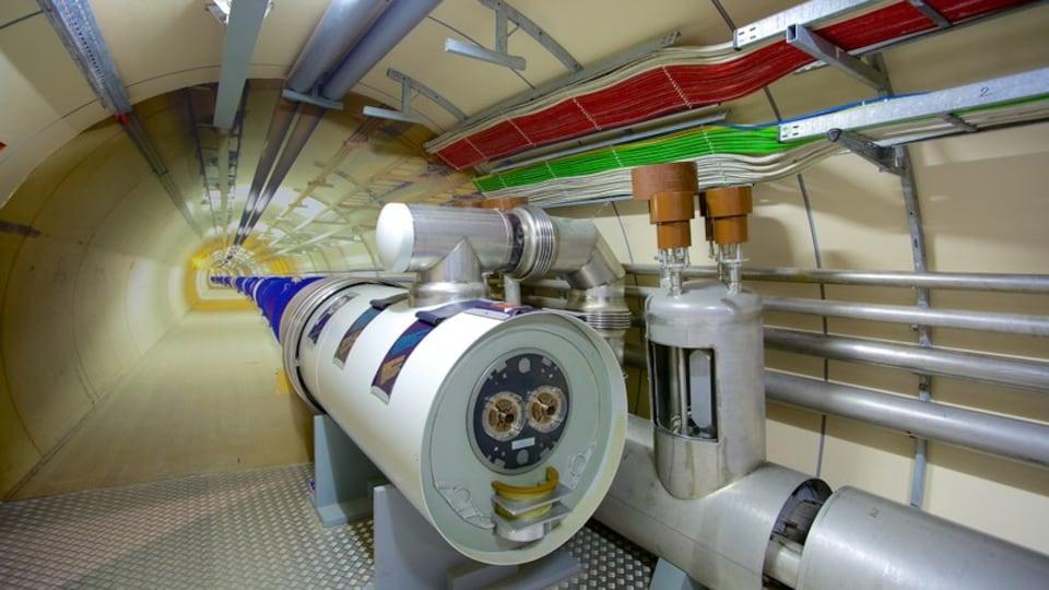 CERN featuring interior views