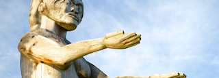 Port Alberni featuring outdoor art, art and a statue or sculpture