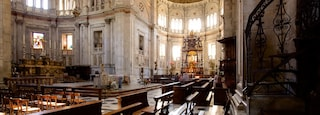 Como featuring interior views, a church or cathedral and religious aspects