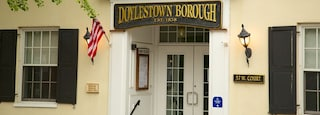 Doylestown which includes heritage architecture