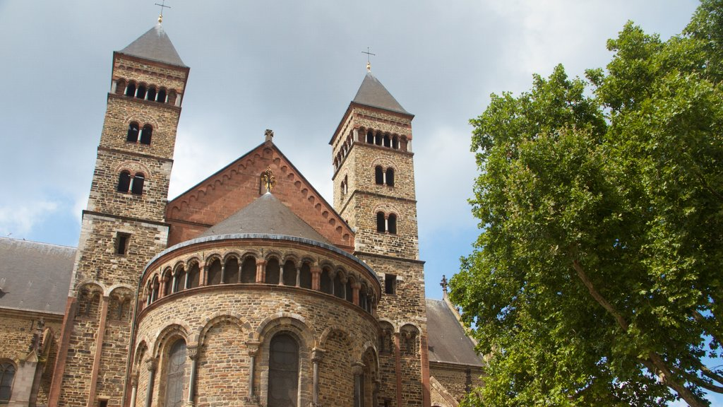 St. Servaas Church featuring heritage elements, a church or cathedral and heritage architecture