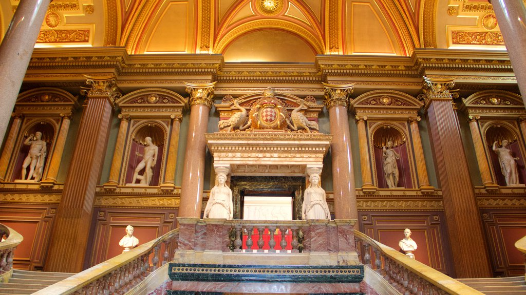 Fitzwilliam Museum showing interior views, a statue or sculpture and heritage elements
