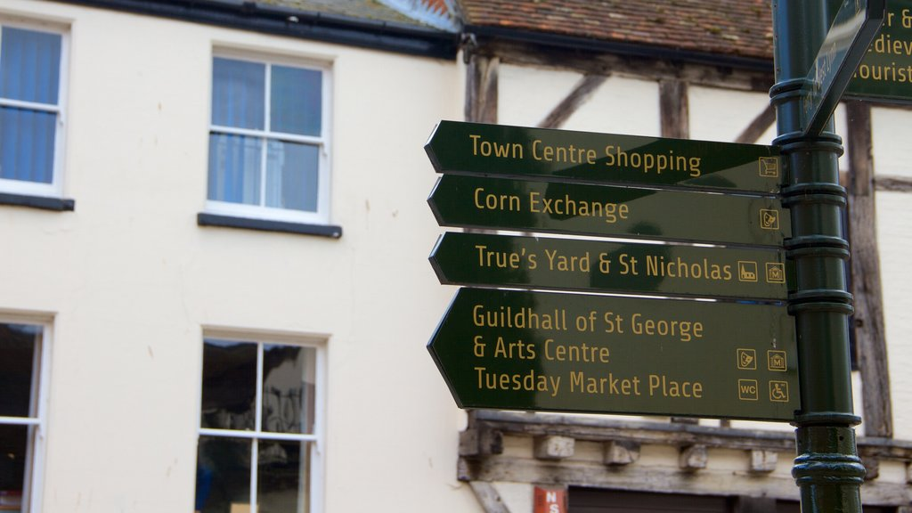 King\'s Lynn showing signage